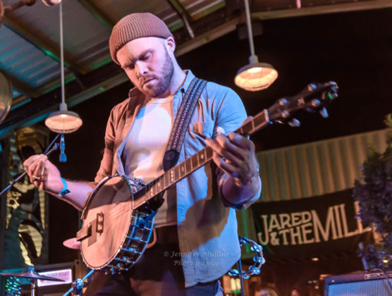 Picture of Jared and The Mill in concert with photography by Jennifer Mullins