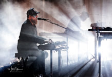Picture of John Grant in concert by Warren Millar