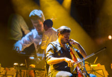 Picture of 2 cellos with Croatian concert photography by Marko Hajdarovic