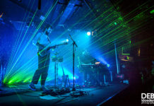 Picture of No Mono in concert by Australia Music Photographer Deb Kloeden