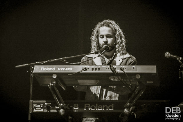 Picture of Ocean Alley in concert at the Splendour in the Grass festival by Australia music photographer Deb Kloeden