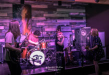 Picture of Not Confined in concert by American Music Photographer Jennifer Mullins