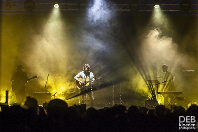 Picture of Dean Lewis in concert Australia music photographer Deb Kloeden