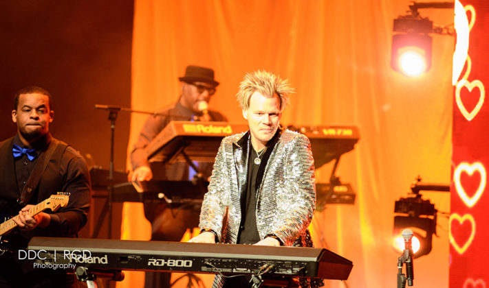 Picture of Brian Culbertson in concert at Mesa Arts Center by American music photographer Dee Carter