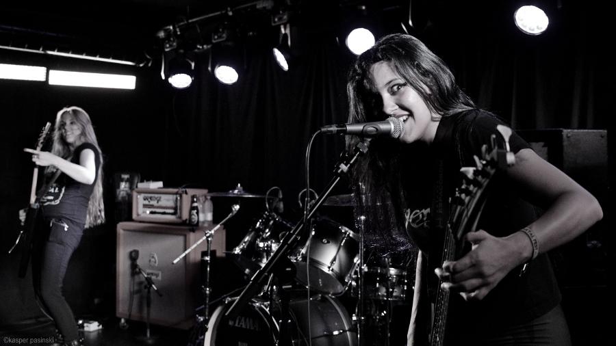 Picture of Nervosa at BETA by Copenhagen Music and Pit photographer Kasper Pasinski