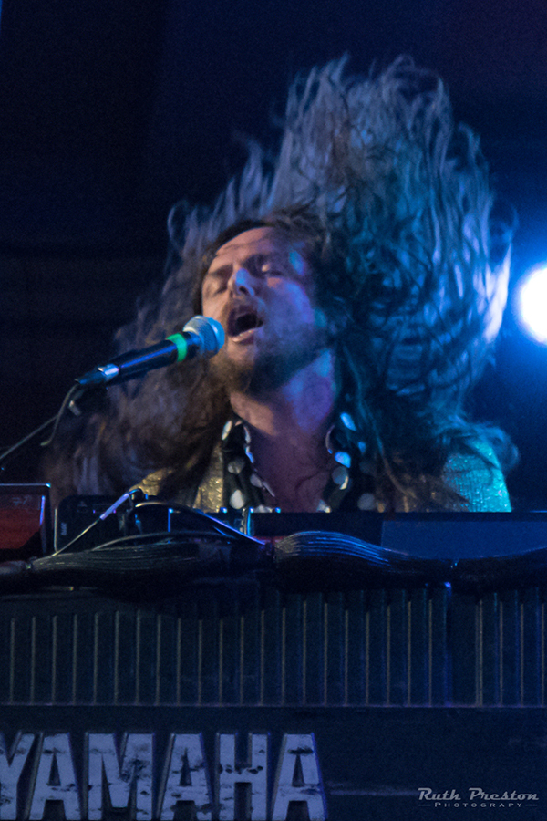 Picture of J.Roddy Walston & The Business in concert by Ohio music photographer Ruth Preston