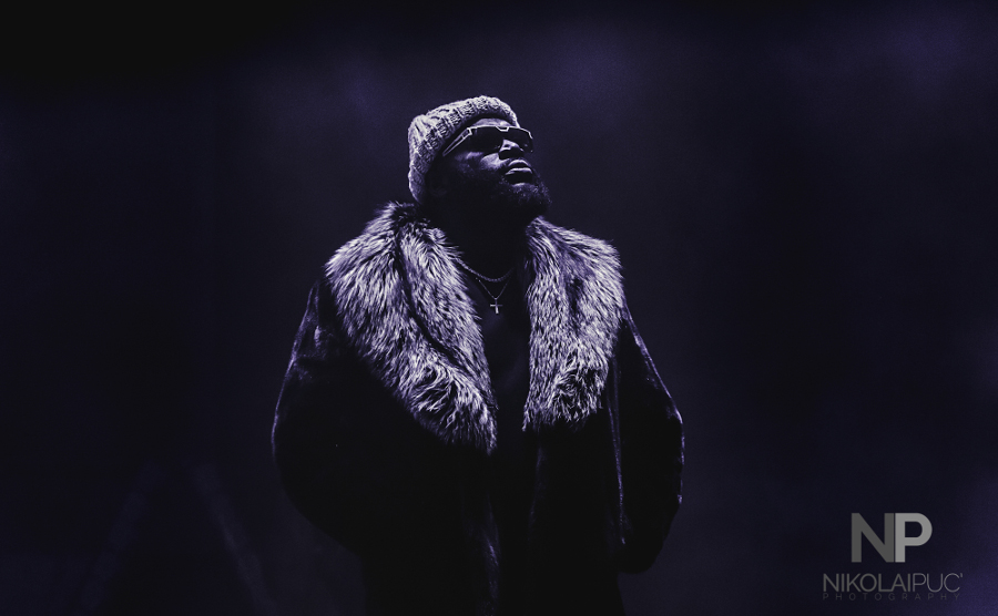 Picture of Rick Ross in concert at Red Rocks Amphitheatre byDenver music photographer Nikolai Puc