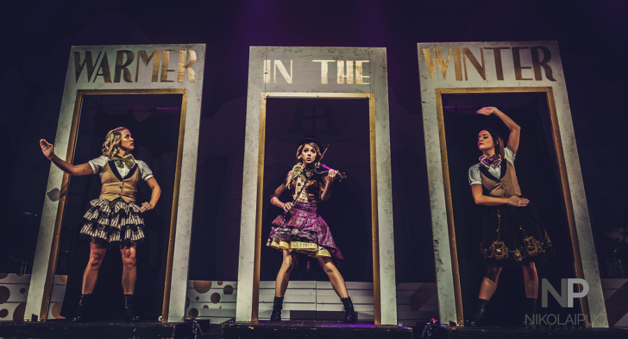 Picture of Lindsey Stirling in concert @ The Denver music photographer Nikolai Puc Center in America by