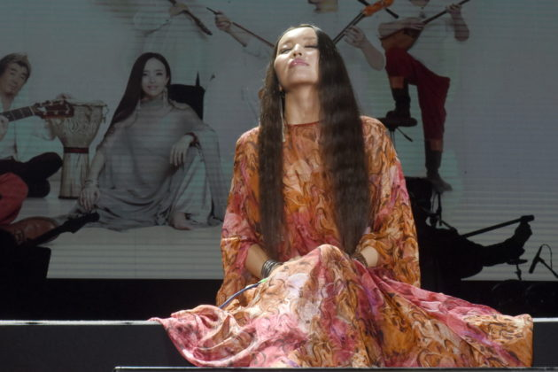 Picture of Haya in concert by David Gasson