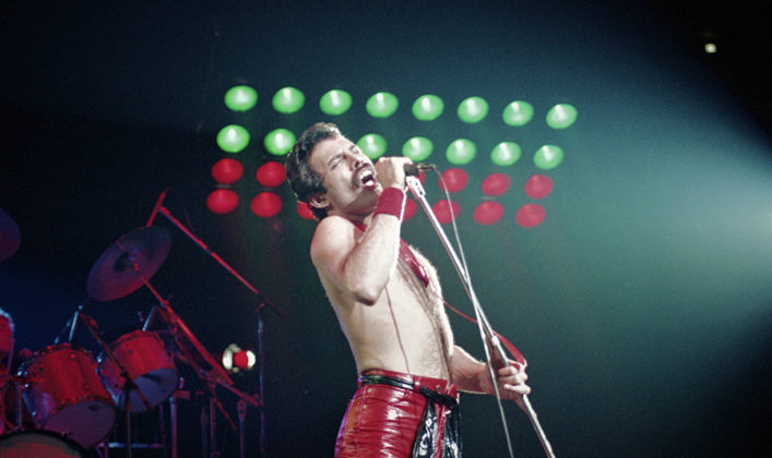 Picture of Queen in concert by Bill O'Leary