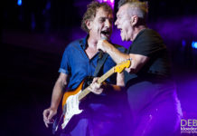 Picture of Cold Chisel in concert by Deb Kloeden