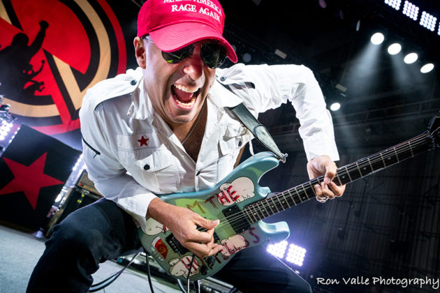 Picture of Tom Morello in concert taken by the American music photographer Ron Valle