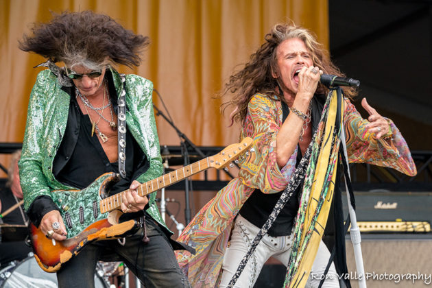 Picture of Aerosmith in concert taken by the American music photographer Ron Valle