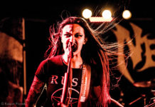 Picture of the Nervosa thrash metal gig in Denmark taken by music photographer Kasper Pasinski