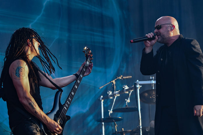 Picture of the heavy metal band Disturbed in concert at the Sweden rock festival with pictures by Lennart Håård
