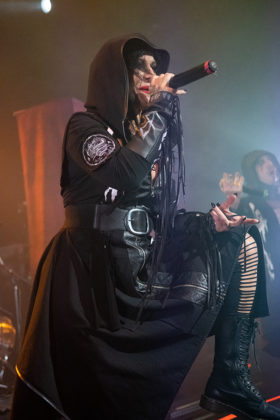 Picture of the gothic metal band Lacuna Coil in concert taken by Lennart Håård