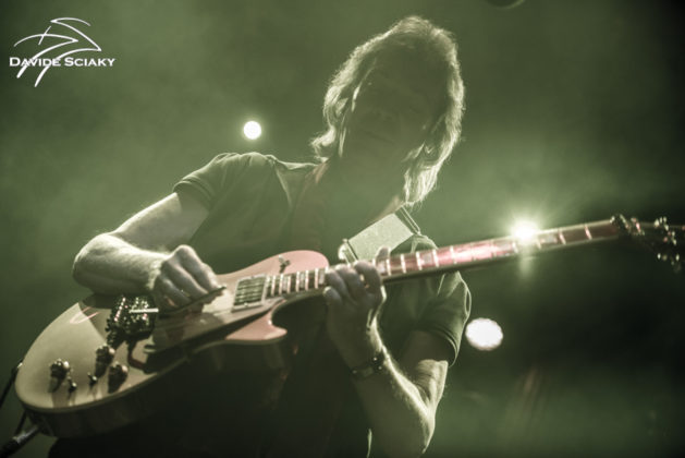 Picture of Steve Hackett in concert taken by Davide Sciaky