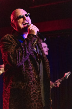 Picture of Geoff Tate in concert taken by Lennart Håård
