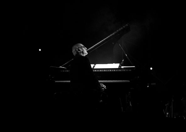 Picture of Ludovico Einaudi in concert by Gianluca Vitelli