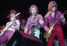 Picture of 707 in concert by Bill O'Leary