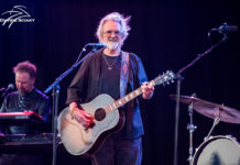 Picture of Kris Kristofferson in concert by Davide Sciaky
