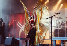 Picture of Eleine in concert by EmJay Rockphotos