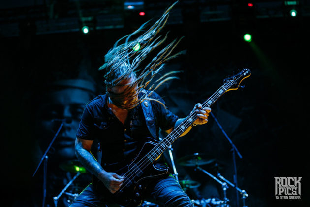 Picture of Kamelot in concert by Bulgarian music photographer Stan Srebar