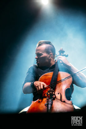 Picture of Apocalyptica in concert with photography by Stan Srebar