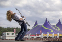Picture of Dave Mustaine & Megadeth with Belgium concert photography by Hans Van Hoof