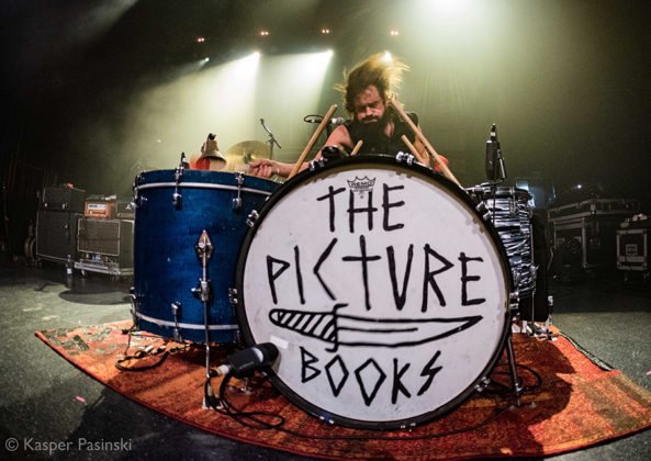 Picture of The Picturebooks in concert with photography by Kasper Pasinski