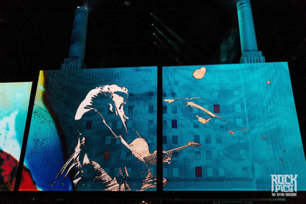 Picture of Roger Waters in concert photography by Stan Srebar