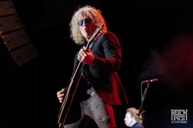 Picture of Foreigner in concert with classic rock photography by Stan Srebar