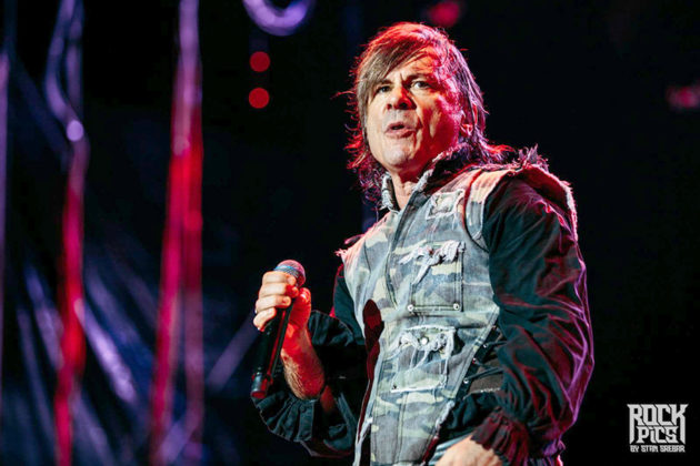 Picture of Iron Maiden in concert with Iron Maiden concert photography by Stan Srebar