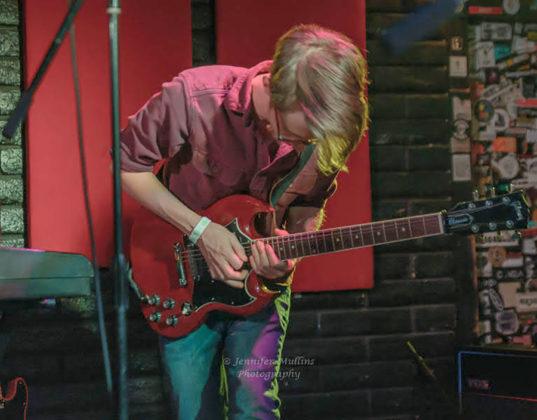 Picture of Sedan Sedan in concert with indie rock photographer Jennifer Mullins