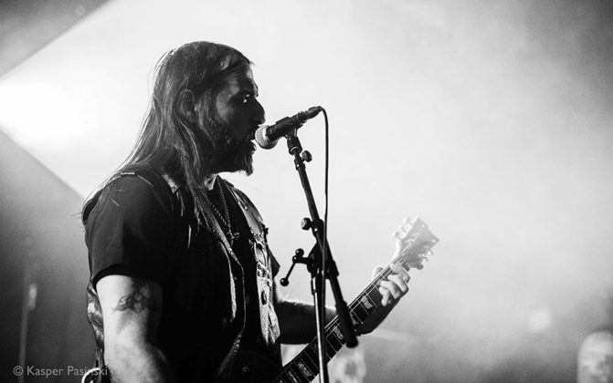 Picture of Rotting Christ in concert with Gig photography by Kasper Pasinski