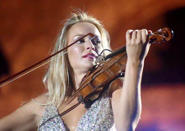 Picture of Caroline Campbell in concert with classical music photography by David Gasson