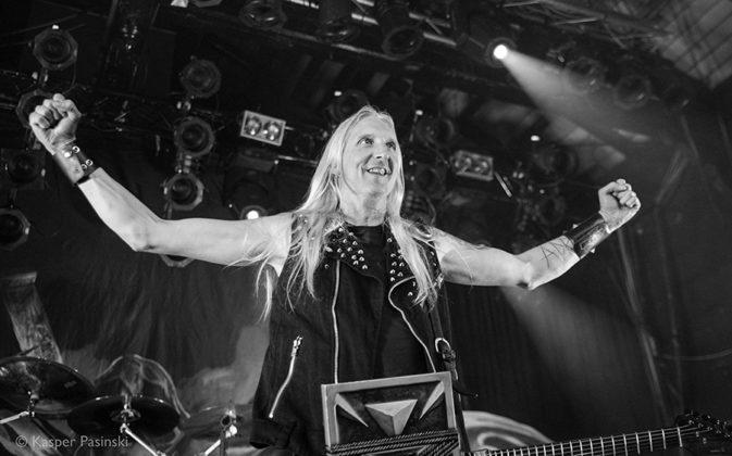 Picture of HammerFall in concert by Heavy metal photographer Kasper Pasinski