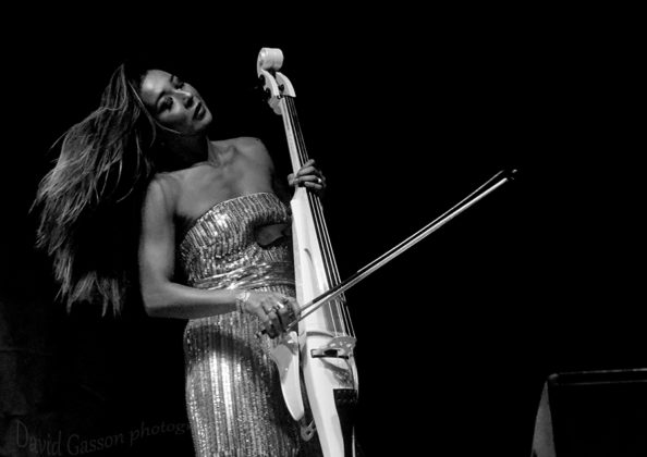 Picture of Gay-Yee Westerhoff & Bond in concert by Croatian Music and Pit photographer David Gasson