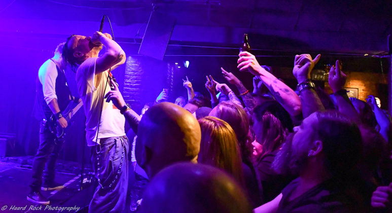 Picture of Lillasyster in concert by Sweden Music and Pit photographer Lennart Håård