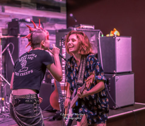 Picture of Not Confined in concert by American MusicPhotographer Jennifer Mullins