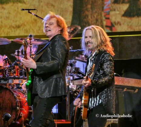 Picture of Styx in concert by American Music Photographer Andrew Perkins