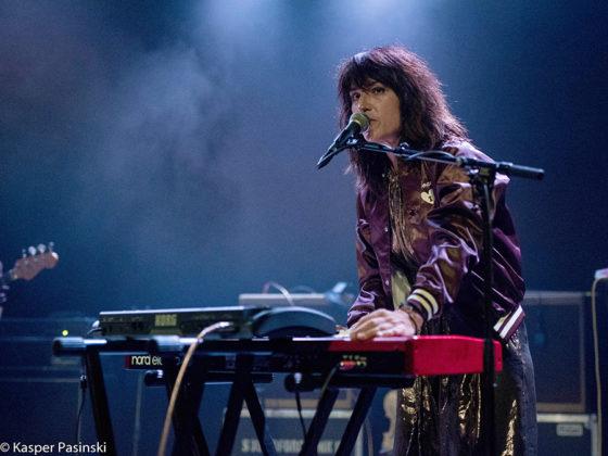 Picture of Joan As Police Woman in concert by Copenhagen MusicPhotographer Kasper Pasinski