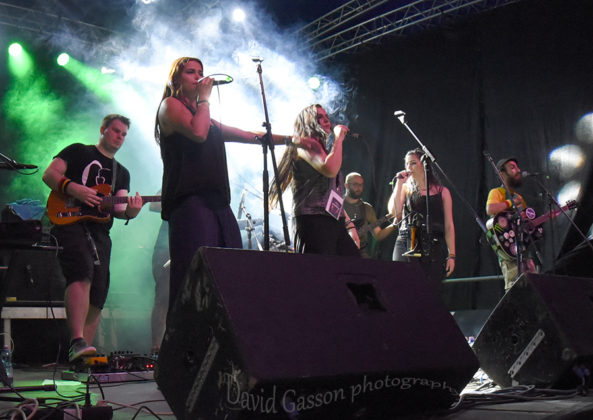 One Dread in concert at the Seasplash festival by Croatian Music and Pit photographer David Gasson