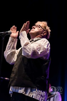 Picture of PiL in concert at the EX Theater by Japan Music Photographer Aki Fujita Taguchi