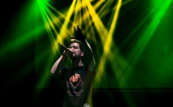 Out Of Nowhere in concert in Tehran by Iranian Music and Pit Photographer Pouria Esfidvajan