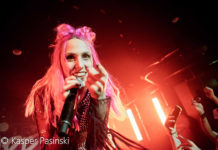 Picture of Icon For Hire in concert in Denmark by Copenhagen Music and Pit photographer Kasper Pasinski