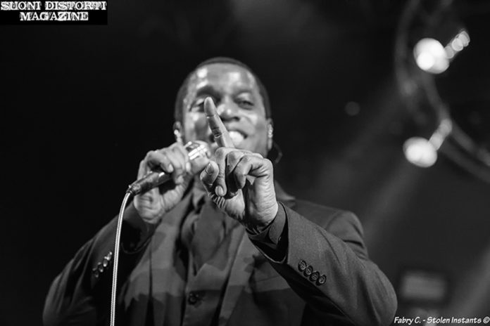 Picture of Vintage Trouble at Phenomenon Live in Italy by Milan Music and Pit photographer Fabry C ~ Stolen Instants