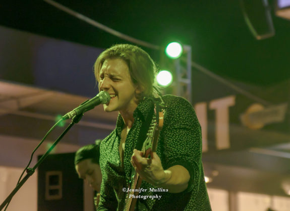 Picture of Luxxe in concert at Tempe Marketplace Arizona, America 04.05.2018 by American MusicPhotographer Jennifer Mullins