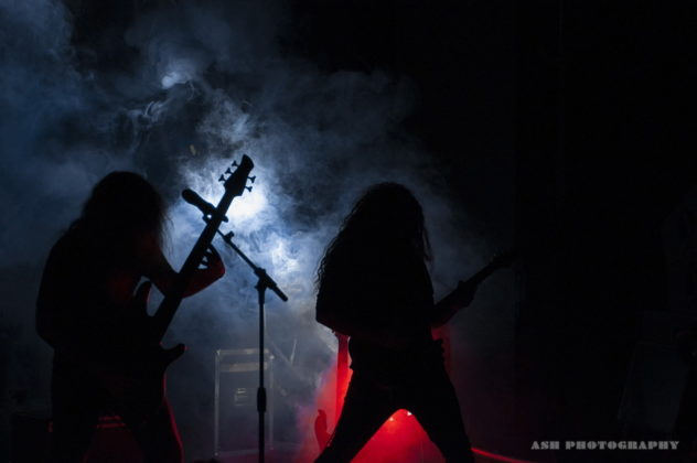 Picture of 5grs in concert by Iran music photographer Arman Shahrokh