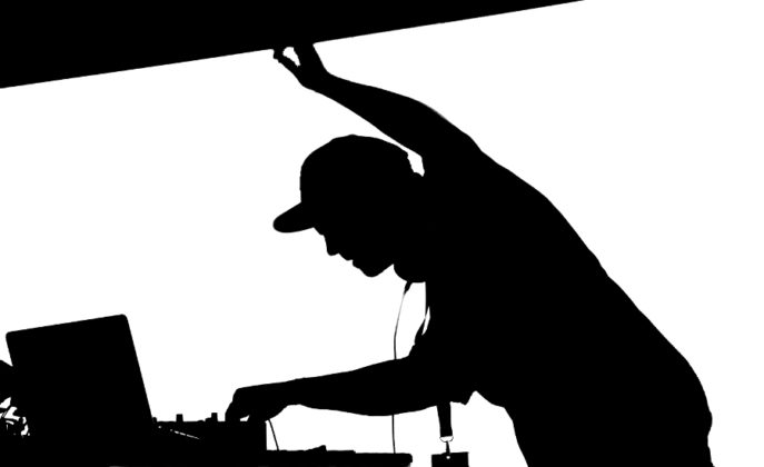 Picture of DJ Shadow in Pula by concert photographer David Gasson